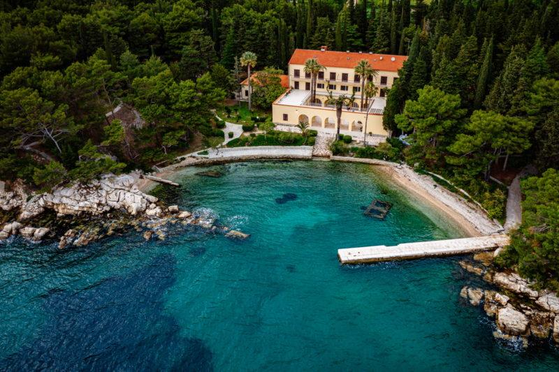 hochzeit kroatien hochzeitslocation strand villa heiraten trauung 04 800x533 - Versteckte Villa am Meer