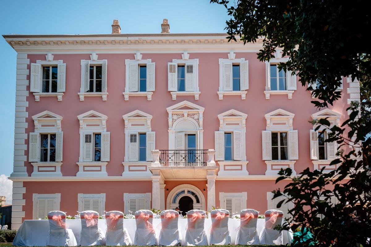 Hochzeitslocation rosane Stadtvilla in Kroatien