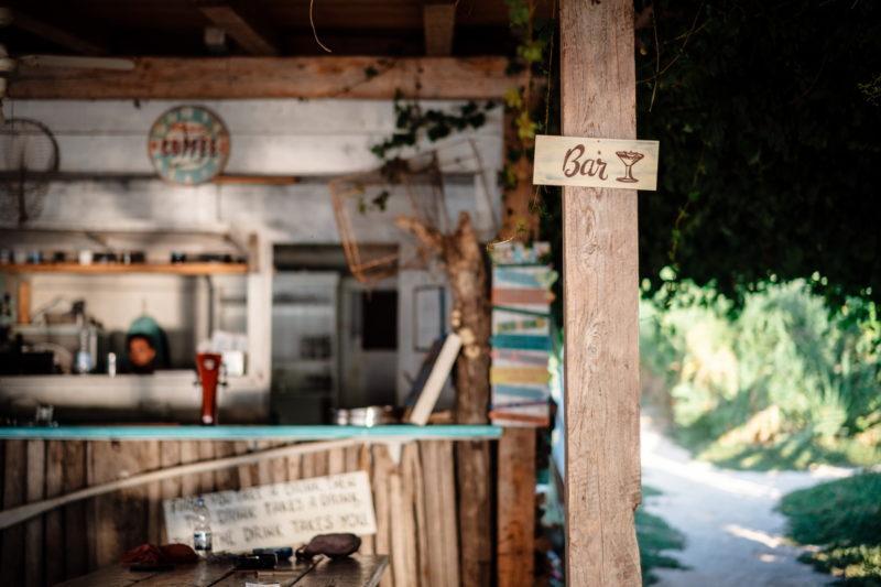 hochzeit kroatien hochzeitslocations heiraten strand beachclub 11 800x533 - Private Insel