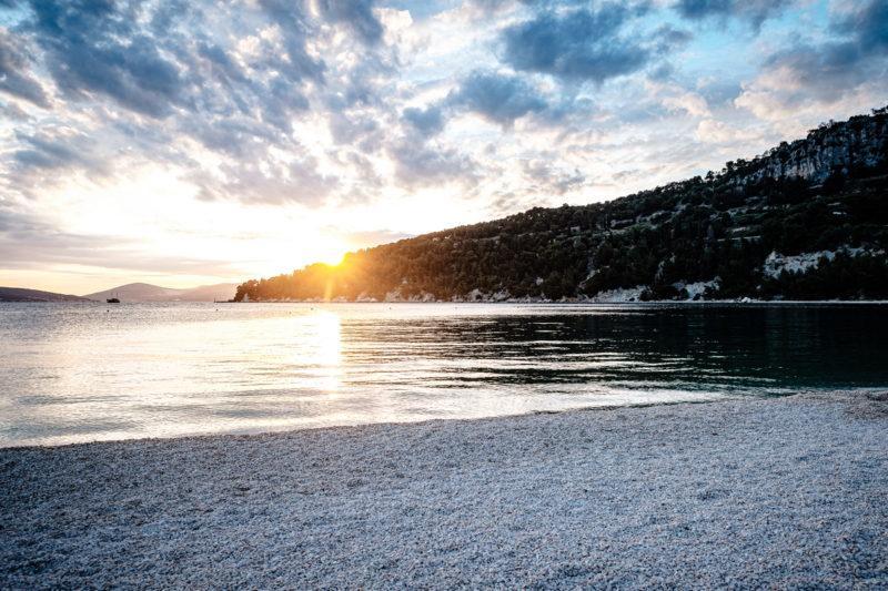 hochzeit kroatien hochzeitslocations heiraten strand beachclub joes 03 800x533 - Strandclub
