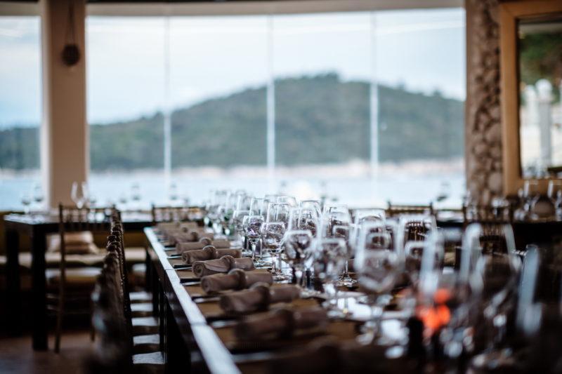 hochzeit kroatien hochzeitslocations beachclub meer heiraten 06 800x533 - Altstadt Beachclub