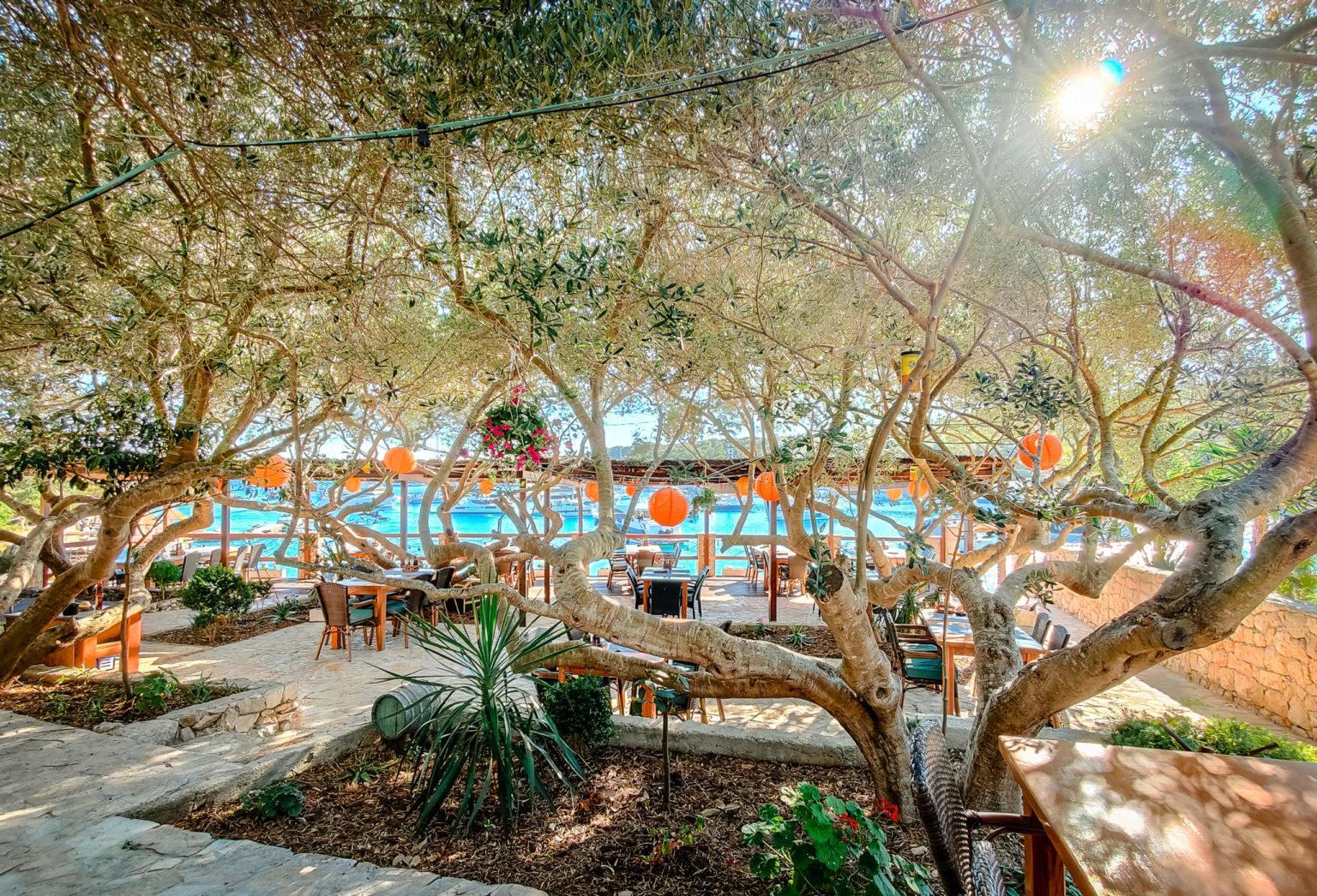 hochzeitslocation Koratien location hochzeit heiraten 1 scaled - Sunny Beachclub