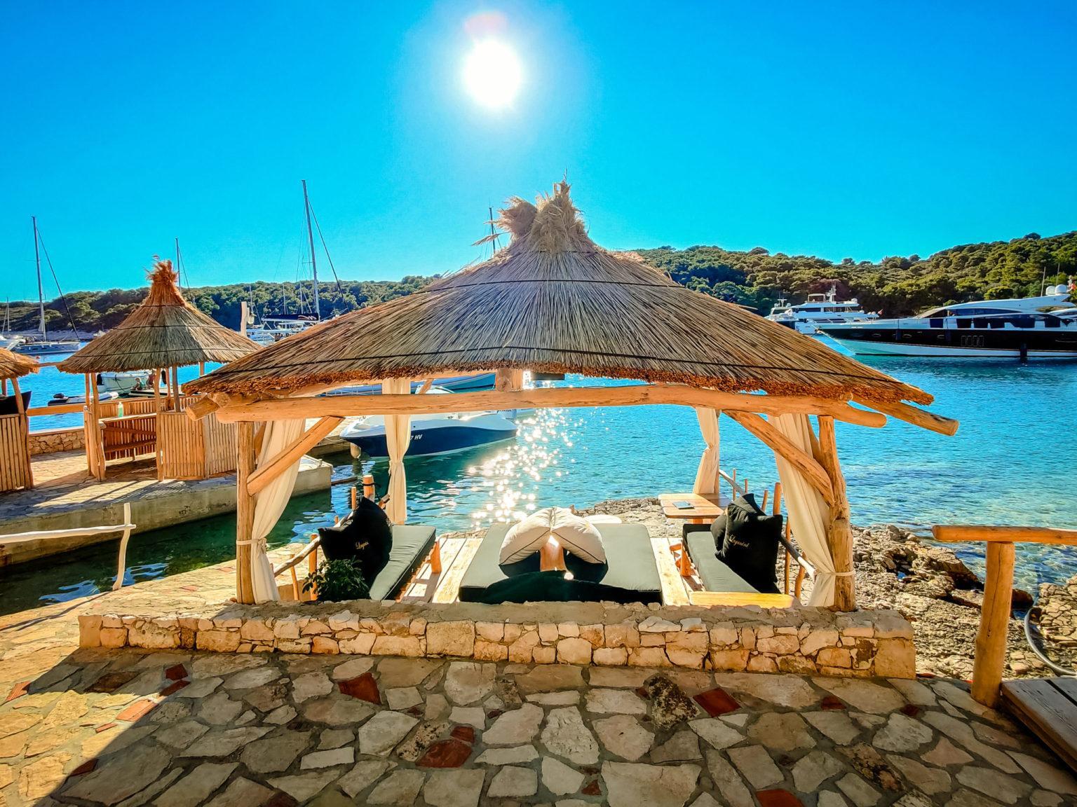 hochzeitslocation Kroatien location hochzeit heiraten 8 5 scaled - Beachclub in der Bucht