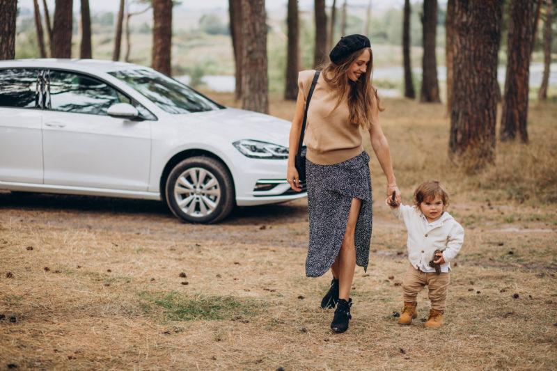 Reisen mit Kind kroatien auto hochzeit 1 800x533 - 19 Tipps für lange Autofahrten nach Kroatien mit Kindern