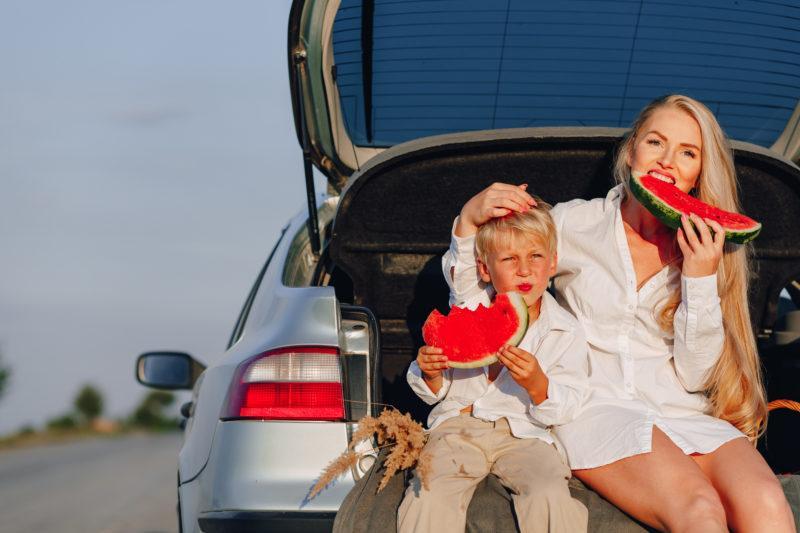 Reisen mit Kind kroatien auto hochzeit 2 800x533 - 19 Tipps für lange Autofahrten nach Kroatien mit Kindern