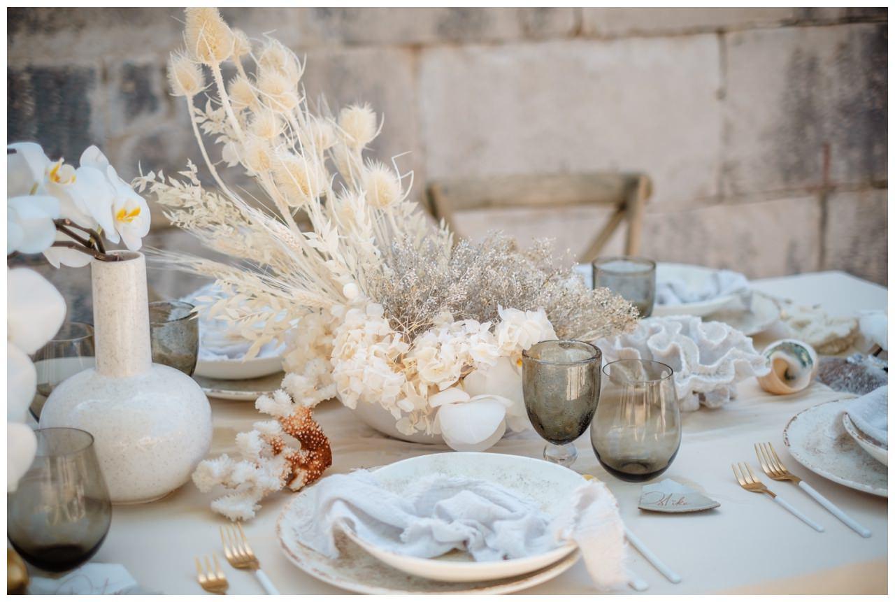 Hochzeit Kroatien Planung Hochzeitsplaner Trockenblumen Fotograf 14 - Natürliche Hochzeit mit Trockenblumen
