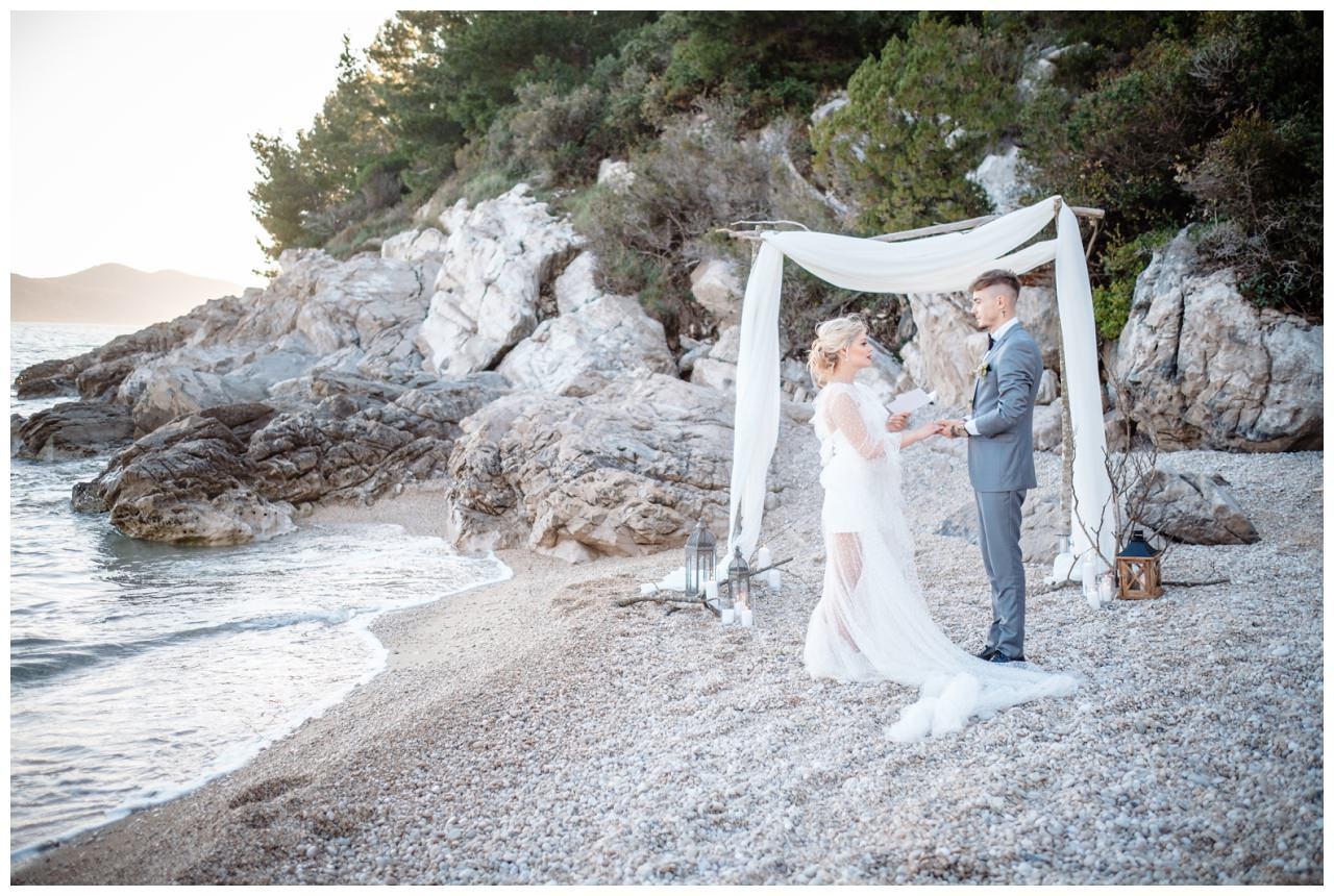 Hochzeit Strand Kroatien Hochzetsplanung Hochzeitsplaner Fotograf 11 - Kleine Hochzeit am Strand