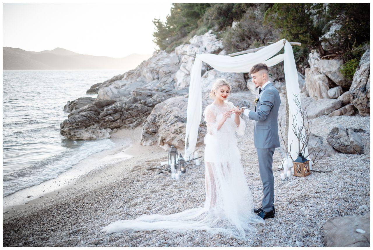 Hochzeit Strand Kroatien Hochzetsplanung Hochzeitsplaner Fotograf 12 - Kleine Hochzeit am Strand
