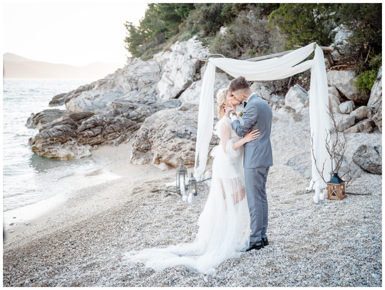 Hochzeit Strand Kroatien Hochzetsplanung Hochzeitsplaner Fotograf 15 - Kleine Hochzeit am Strand