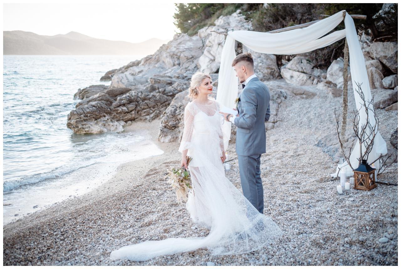 Hochzeit Strand Kroatien Hochzetsplanung Hochzeitsplaner Fotograf 8 - Kleine Hochzeit am Strand